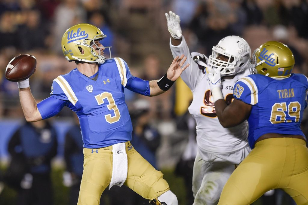 Josh Rosen (pictured) at UCLA ©  Kelvin Kuo / USA Today Sports
