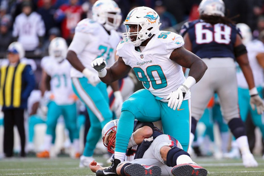 Charles Harris registered just 3.5 sacks in his three seasons with the Dolphins © Jim Rogash/Getty images