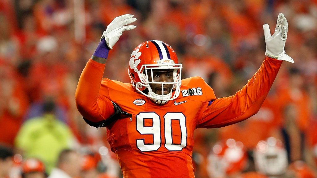 Former Clemson Tiger Shaq Lawson looking to keep it going in 2020